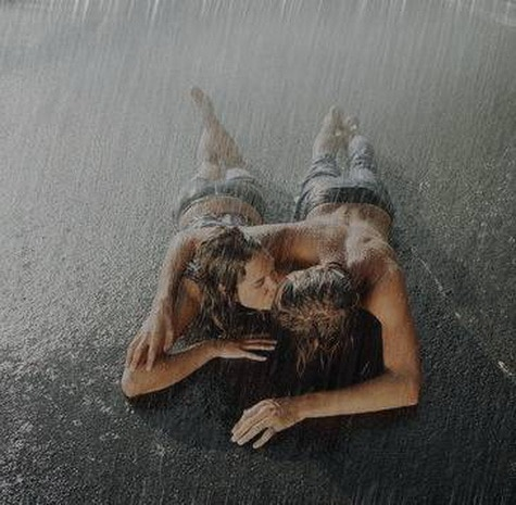 kissing-lying-in-the-rain