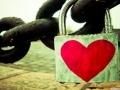 Inima incuiata cu un lacata, imagine superba de dragoste