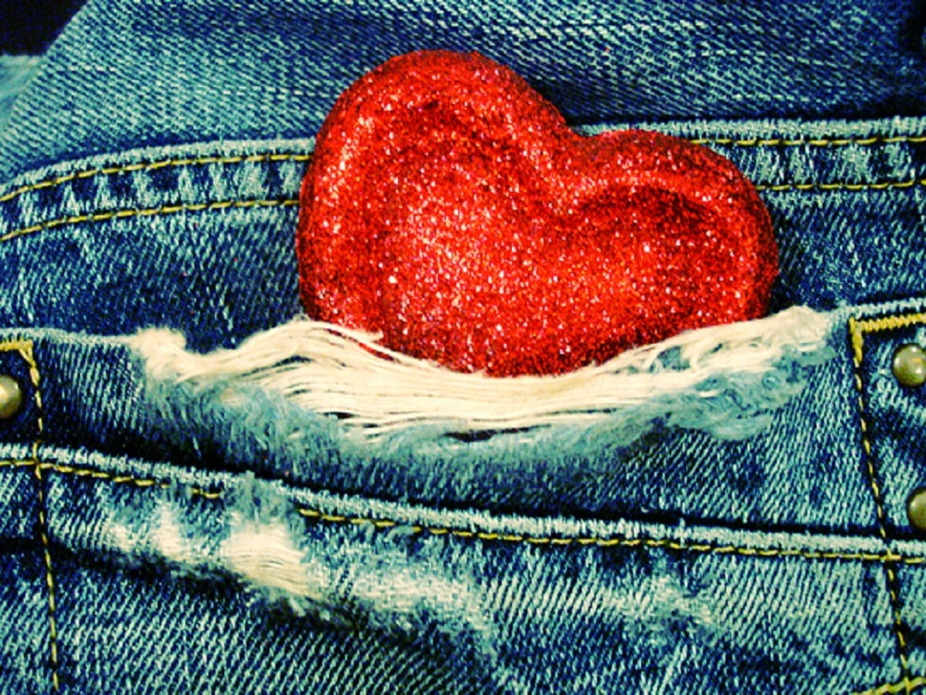 821473-1024x768-_i-love-my-jeans