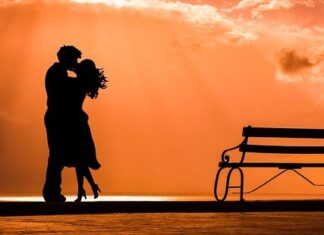Declartii de dragoste si Declaratii de iubire